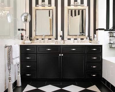 Das Bild 01_Badezimmerschrank.jpg vergroessern